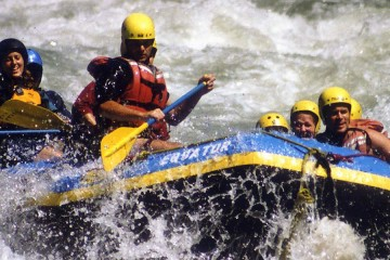 rafting-on-kali1